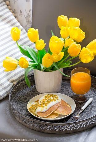 Po świątecznej przerwie powracam do Was z cyklem śniadaniowych przepisów :) Ponieważ wielu z Was prosiło o więcej propozycji wytrawnych dziś mam dla Was tylko