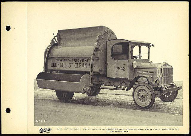 Sterling EW27, 1920's Garbage Truck