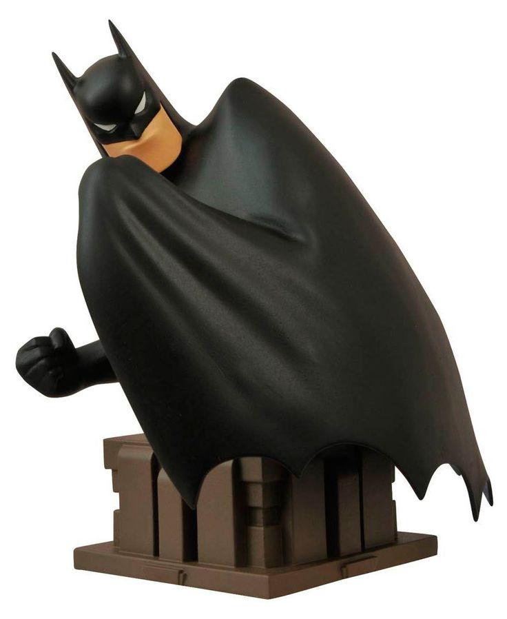 Busto Batman 18 cm. Batman: la serie animada. Edición exclusiva SDCC 2016. Diamond Select  Bonito y conseguido busto del héroe Batman de 18 cm en una versión clásica y de aspecto vintage visto en la serie Batman: la serie animada, fabricado en material de poliresina y 100% oficial y licenciada. Una estupenda versión exclusiva que se pudo ver en la feria de San Diego Comic-Con de 2016 y que es ideal como regalo.