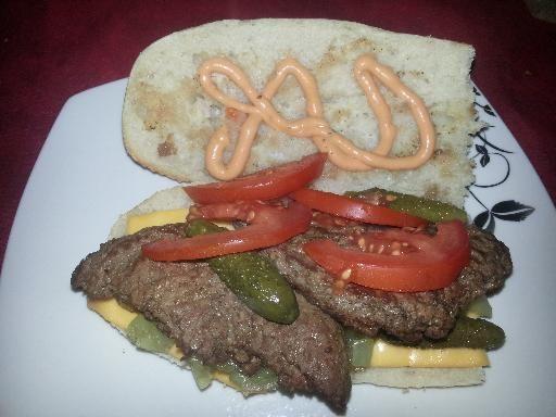 1000 id es sur le th me sandwich americain sur pinterest hamburger americain gourmet burger. Black Bedroom Furniture Sets. Home Design Ideas