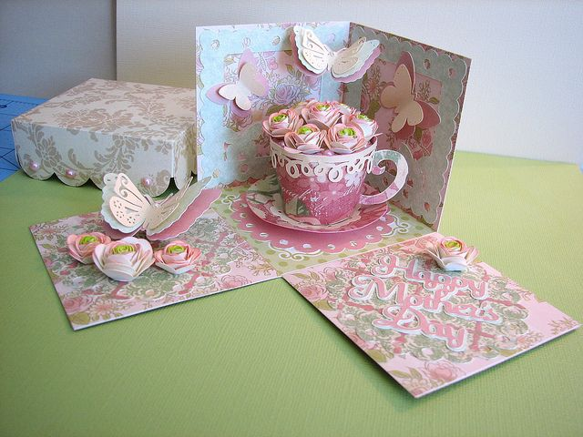 Cricut Mother's Day Exploding Box Card. Elegant Edges, TBBM2, Florals Embellished and Flower Shoppe Cartridges. *