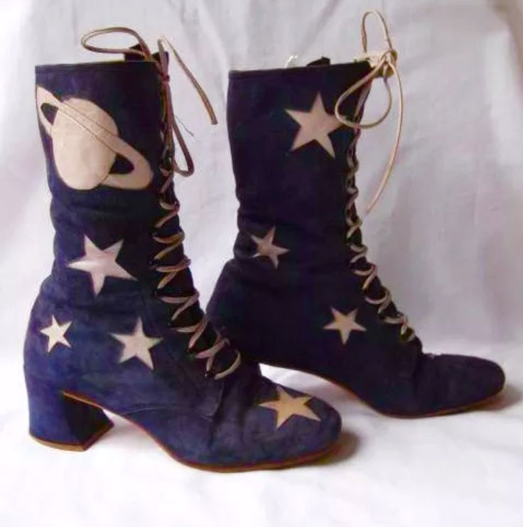 Absolute dream 60s boots.