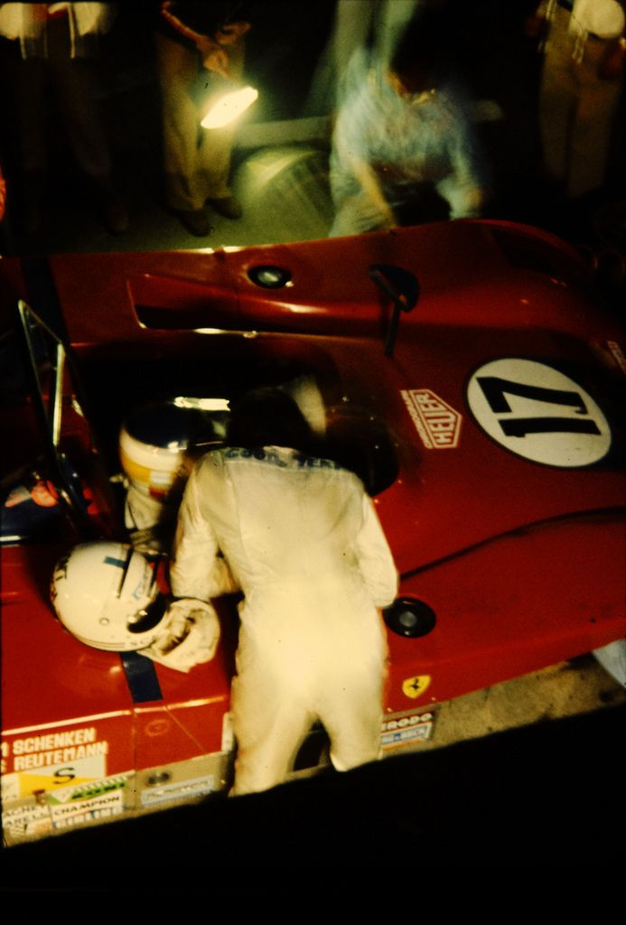 Ferrari pits, 24 hours of Le Mans, 1973.