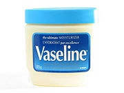 How to Make Eyelashes Longer with Vaseline
