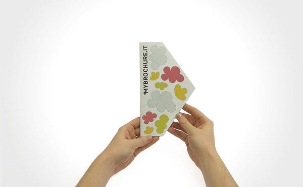 Stampa digitale opuscoli in quadricromia di tutte le facciate:  Casanovanta Small. Carta certificata FSC. Prodotto personalizzabile. Spedizione Gratuita. Scarica gratis la template. Visita Ora!  http://mybrochure.it/stampa-digitale-opuscoli-casanovanta-small.html#.UdKsnOtmiCs