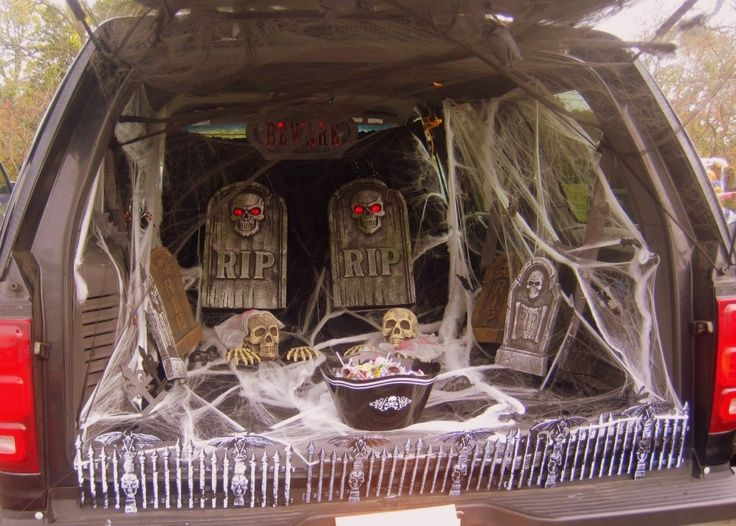 trunk or treat decorating ideas trunk or treat gravestones - Halloween Decorated Cars