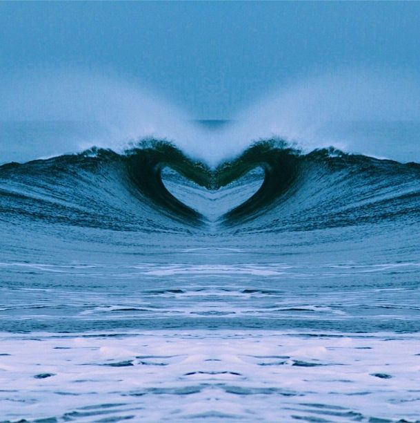 Such amazing photography of the ocean waves :)