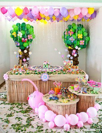 Jardim florido na festa de 1 ano da Malu