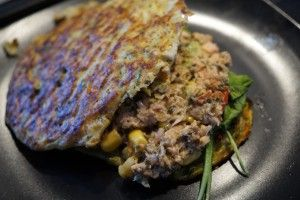 Grøntsagsbrød med tunsalat med hytteost og avocado