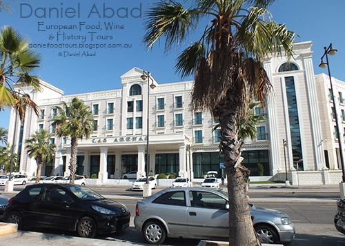 Daniel's European Food, Wine & History Tours - Hotel Las Arenas by the Beach in Valencia