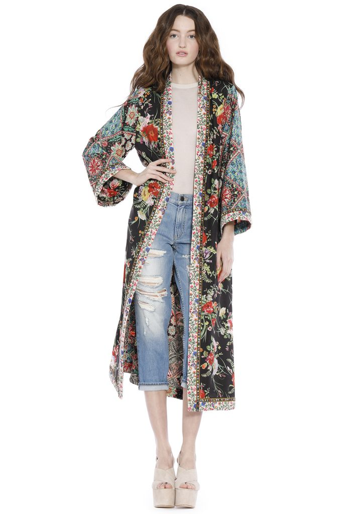 Discover the Lynn Side Slit Long Kimono from Alice + Olivia. Welcome the  new season