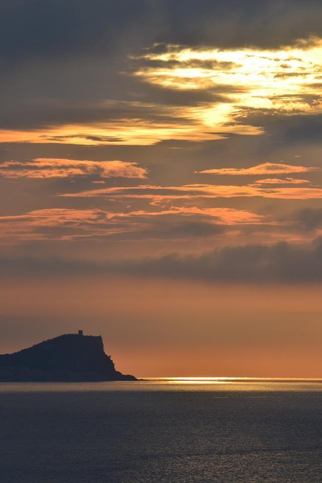 punta crena Varigotti Liguria  mattina