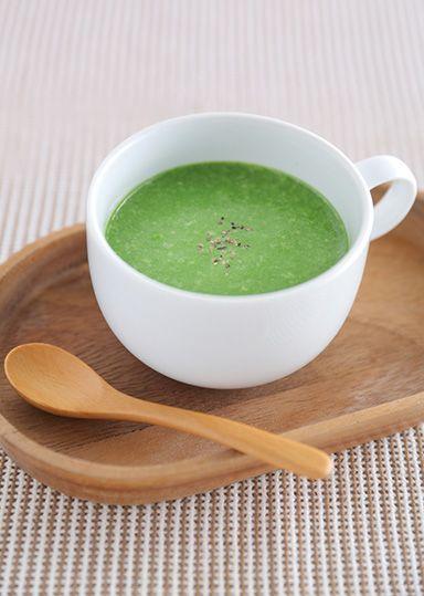 ほうれん草をたっぷり使ったクリーミーなポタージュスープです。なめらかなポタージュにすることで、ほうれん草が苦手な方も美味しく召し上がれます。