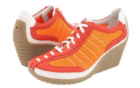 Świetne sportowe buty. Ostatnia para w rozmiarze 9US czyli 40.5 EU.  Mam i polecam. Dodatkowy rabat przy zakupie w butiku na Chmielnej :)