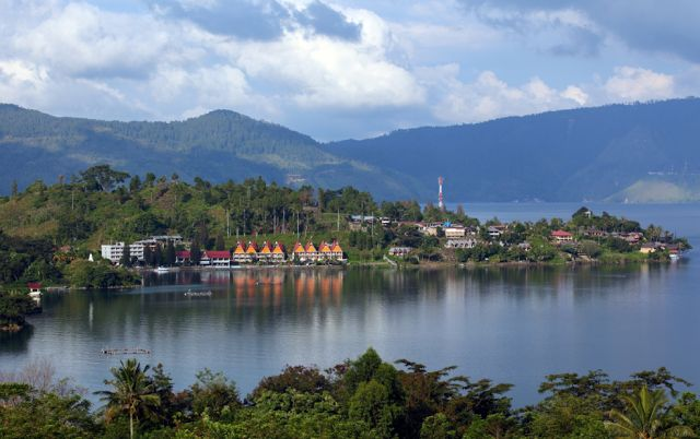 LAKE TOBA,INDONESIA
