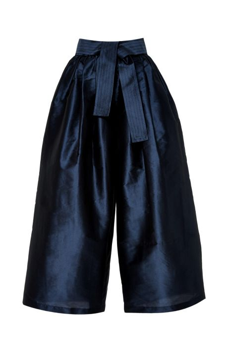 Karate Pant by Tome  http://www.nomad-chic.com/fisherman-pants-culottes-wide-trousers-baggy-shorts-from-runway-to-street-style-how-to-wear-where-to-wear.html