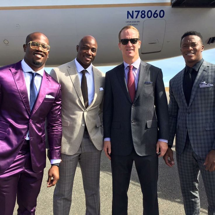 Von Miller, Demarcus Ware, Peyton Manning, and Demarius Thomas ready to stomp…