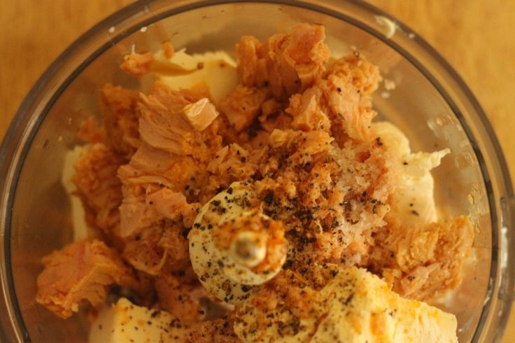 Chilli tuna dip with dukkah