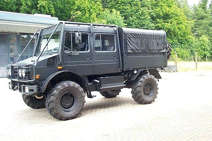 Mercedes Unimog. U4000. Ultimate adventure off roader.