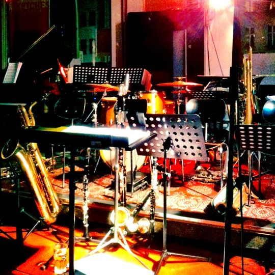 Free jazz session on wednesday