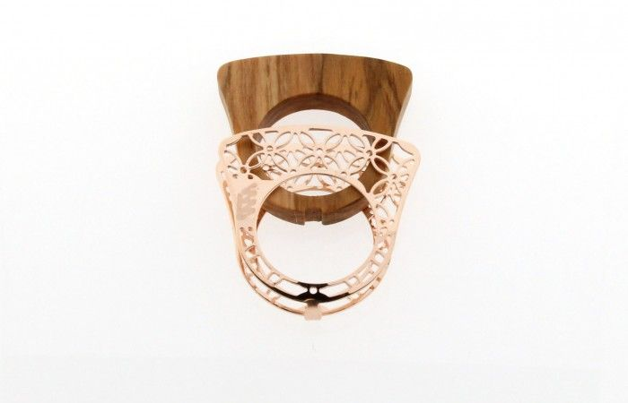 Scicche: cercare, scoprire, promuovere e vendere oggetti di design. Fit the kit silver ring. www.scicche.it