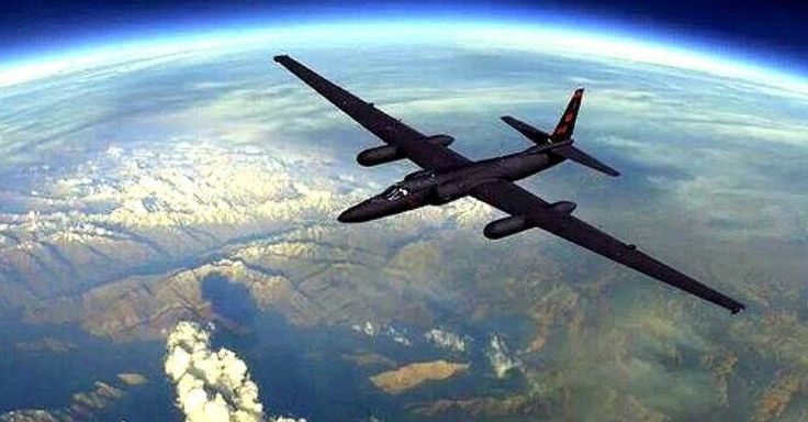 U-2 Dragon Lady. #fly #air #plane #airplane #aircraft #airforce #military #us #usa #usaf #usairforce #airforce #u2 #dragon #u2dragonlady #jet #aviation #aviationgeek #aviationdaily #flight #pilot #sky =============================== Follow these people:  @globalairliners  @lvjackpilot  @the_next_pilot