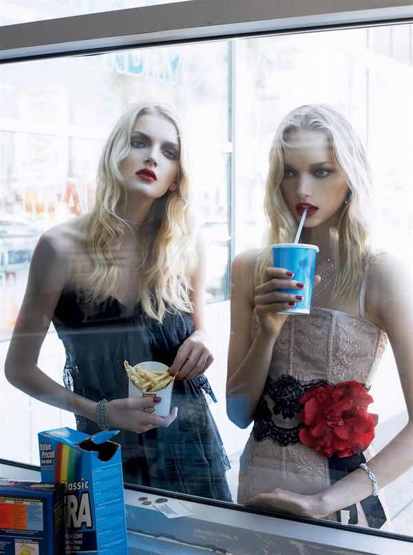 Red Lips # Steven Meisel's #fashion #photography | Vogue US December 2005 Lily Donaldson and Sasha Pivovarova
