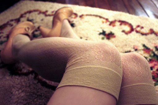 nude thigh high socks: slightly obsessed with thigh highs... photo by eleonore bridge. via 'sfgirlbybay': Nude Photography Hiking, Stockings Mystyl, Eleonor Bridges, Clothing, Vintage Wardrobe, Legwear, Nude Thighs, Vintage Nude, Thighs High Socks