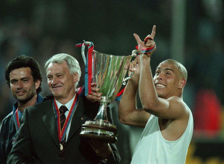 José Mourinho, Bobby Robson et Ronaldo (Barcelone)