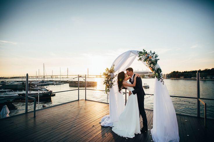 Загородная романтика от Артема и Регины | Статьи о свадьбе | www.wedcake.ru - свадьба в Санкт-Петербурге