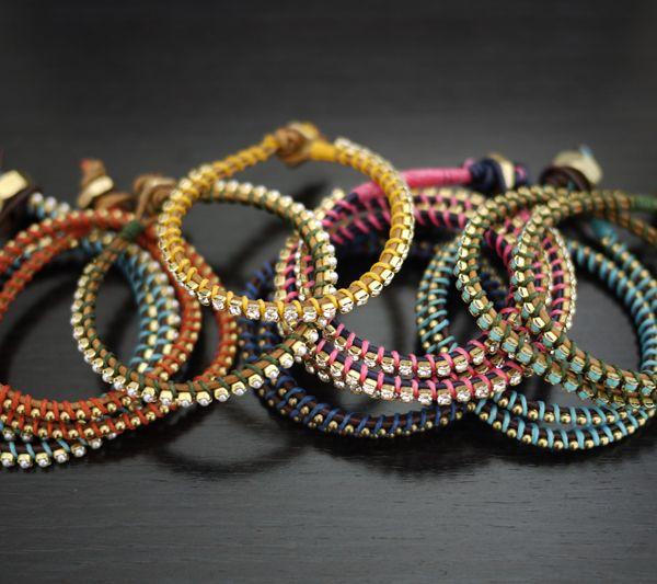 friendship bracelets.: Bracelets Tutorials, Crafts Ideas, Diy Wraps, Diy Crafts, Wrap Bracelets, Diy Jewelry, Diy Bracelets, Leather Wraps Bracelets, Friendship Bracelets