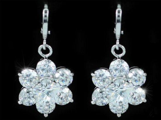Σκουλαρίκια Κρεμαστά Λουλούδια από Κρύσταλλο - http://www.memoirs.gr/