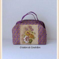 Collection *un été fleuri*  valisette/vanity  «les fleurs d'été» en tissu jacquard  couture réalisé à la main