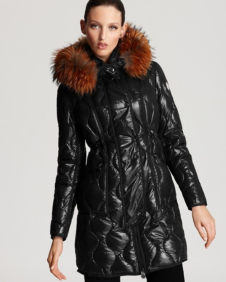 Moncler Lontre Lacquer Cinched Mid Down Coat with Fur