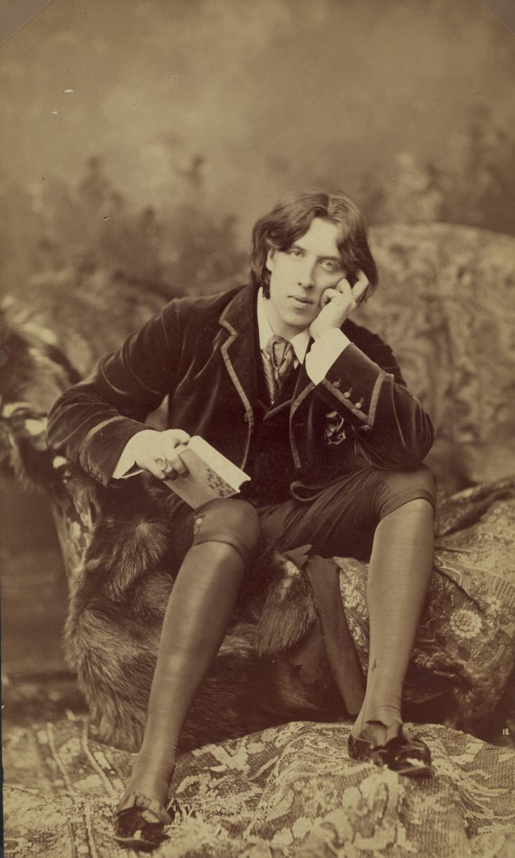 Oscar Wilde In His Velvet Jacket And Silk Knee Breeches. Very Aesthetic Ish!