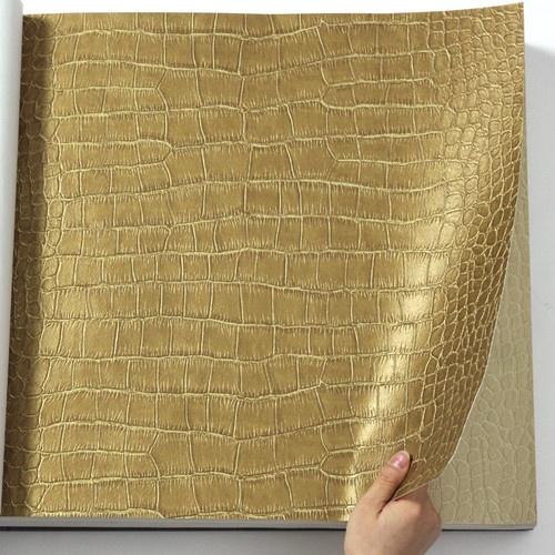 Best 20 Gold wallpaper ideas on Pinterest Gold metallic