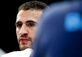 15-Mar-2013 23:46 - GEBROKEN VOET DWARSBOOMT GROTE COMEBACK BADR HARI. Kickbokser Badr Hari blijkt zijn voet gebroken te hebben in de K-1 World Grand Prix kickboksen in Zagreb. Het zou gaan om twee gebroken