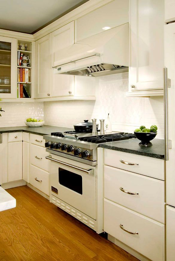 Kitchen Appliances Colors New Exciting Trends Homeappliancescolor Small White Kitchens White Kitchen Appliances Stylish Kitchen