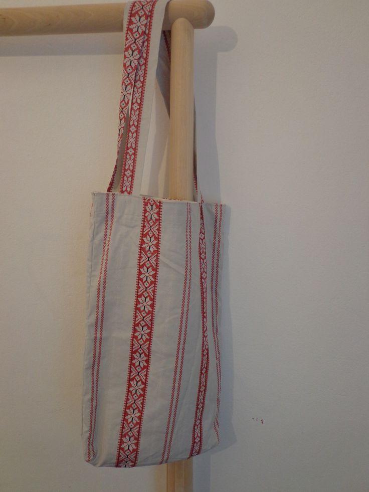 kifordítható textil táska