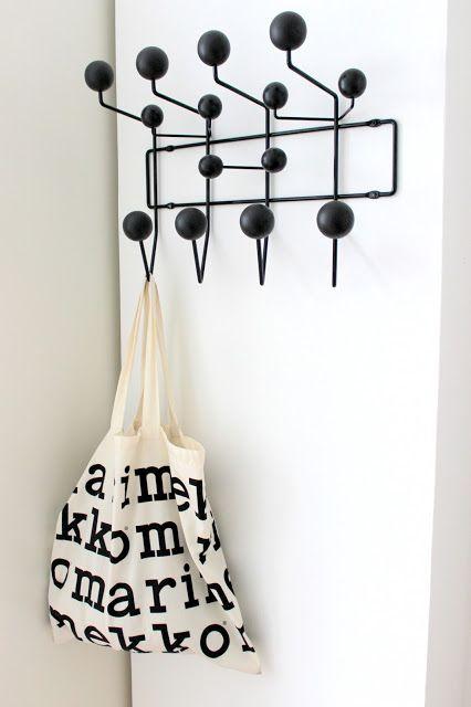 Photo. Sanna/SISUSTUS COCO: Hang it all.