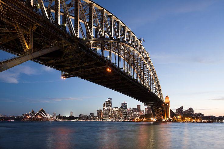 Explosión de color en la #Ópera de #Sidney. En #Australia, #Nochevieja increíble #Feliz2016 #viajar #viajes #FelizAñoNuevo #Navidad #travel