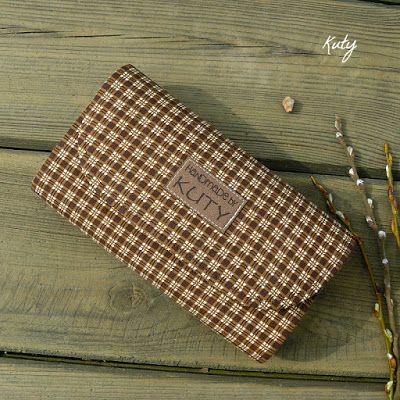 Barvy a styl ... : Peněženka s hnědými kostičkami... na přání