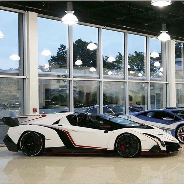 The Lamborghini Veneno Lp750 4 Roadster Nice Specs Color
