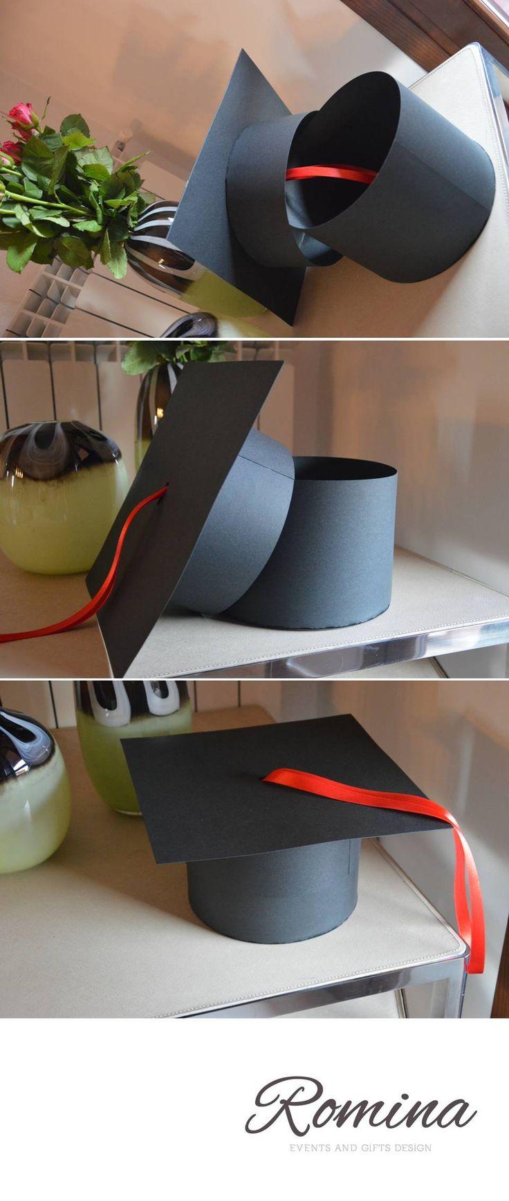 scatola cappello di laurea