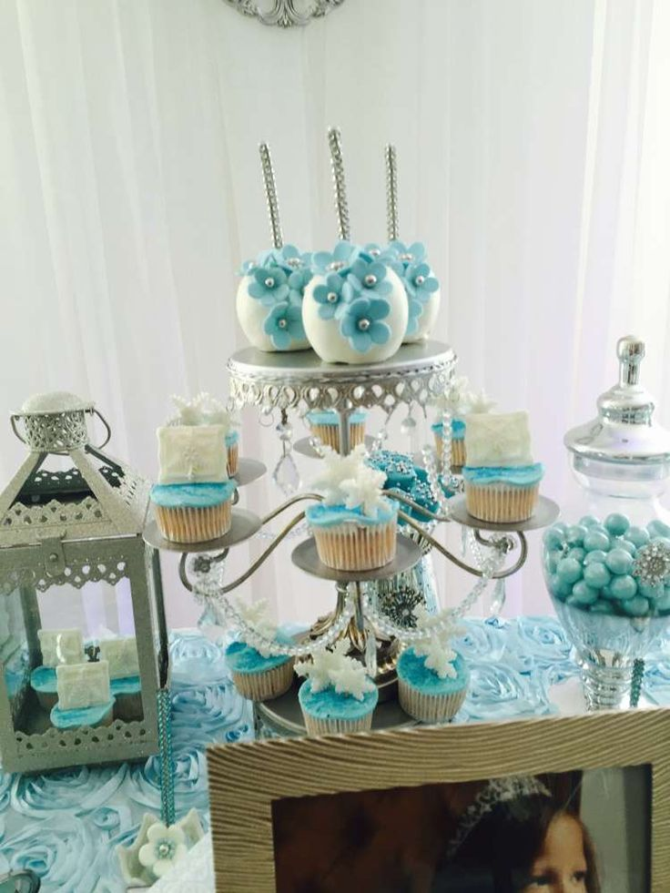 Frozen 5th birthday celebrations   CatchMyParty.com