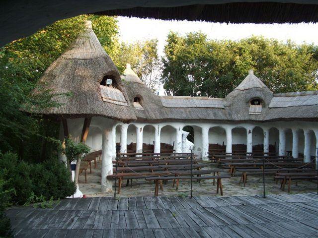 Géró House Open Air Theater, Helvécia, Hungary