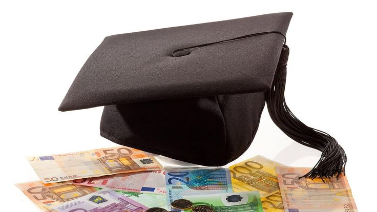 Verfassungsgericht weist Klagen ab: Kein Rentenplus für Akademiker