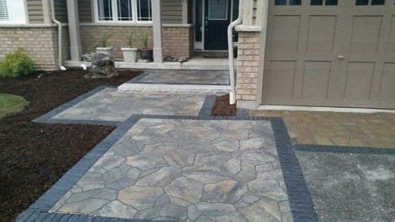 Retreat landscape design. Permacon mega arbel pavers with copthourne banding. Discoveryourretreat.ca