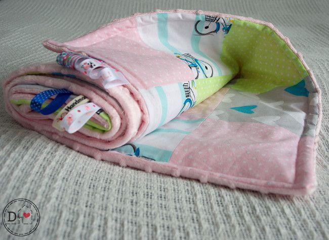 Kocyk z poduszką - patchwork dla dziewczynki - DominiDom - Kocyki dla niemowląt