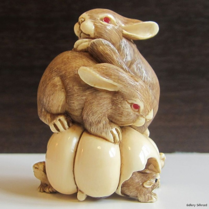 After reading THE HARE WITH AMBER EYES by Edmund De Waal, I'm fascinated by miniature Japanese netsuke sculptures.